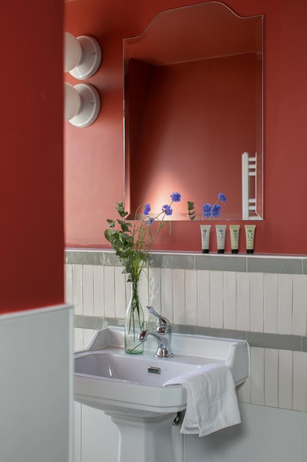 La Planque Hôtel - Chambre - Salle de bain
